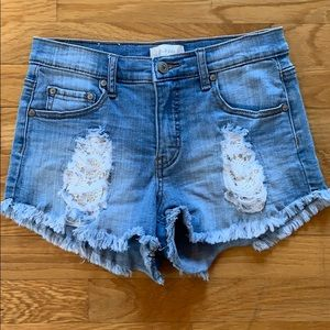 Altar'd State size 25 Jean shorts
